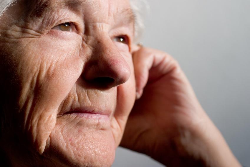 isolement chez les aînés